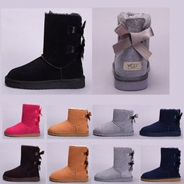 Coffee Christmas gifts online shopping - Women christmas gift WGG Australia Classic Boots girl black blue chestnut red grey coffee boots hot Snow Winter boots leather outdoor shoes