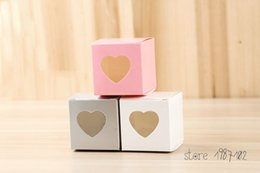 mini cupcake favors Australia - 50 Mini Clear Heart Pvc Window Paper Single Cupcake Cake Box Wedding Favor Gift Boxes For Candy Wedding Favors And Gifts