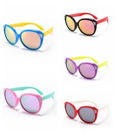 554837ffe Criança Rodada Polarizada Óculos De Sol Da Criança Infantil Meninos Menina  TAC TR90 Polaroid Óculos De