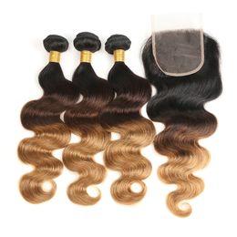 Vente en gros 3 Bundles Ombre Bundle Cheveux Humains Malaysian Body Wave Avec Fermeture Armure 1b / 4/30 Fermeture de Cheveux Non Remy Cheveux