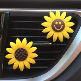 Discount auto accessories freshener - Car Ornament Sunflower Smile Perfume Clip Air Freshener Outlet Vents Fragrance Diffuser Accessories Auto Decoration For
