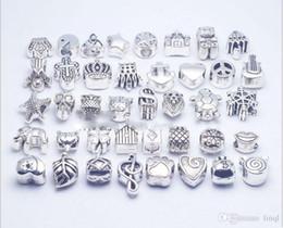 Vente en gros Mélanger 40 Style argenté Big Hole Loose Beads charmes en métal Pour Pandora DIY Bijoux Bracelet Pour European charmes BraceletNecklace KKA1169