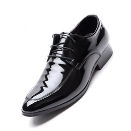 Italian Dress Shoes For Men NZ - italian brand formal shoes men designer oxford shoes for men dress shoes leather patent leather sapato masculino social zapatos de hombre