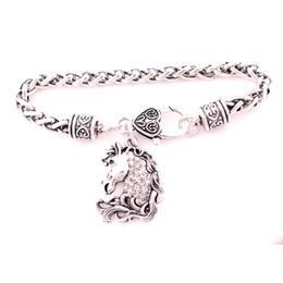 $enCountryForm.capitalKeyWord UK - Vintage Antique Silver Color Animal Horse Head Charm Pendant Studded With Sparkling Crystal Wheat Chain Bracelet