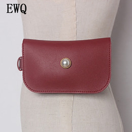 Chinese  [EWQ] 2018 New Summer Autumn Fashion High Quality PU Leahter Nailed Red Mini-bag Decorative Lon Women All-match JE63900 manufacturers