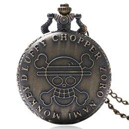 Watches 2019 Fashion Cool Black Skull Quartz Pocket Watch Necklace Pendant Fashion Ghost Retro Chain Clock Souvenir Gift Floral Rattan Pocket Watch