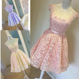 Special occaSion dreSSeS full length online shopping - Newest Capped Sleeves Homecoming Dresses Vintage Short Scoop Neck Full Lace Special Occasions Gowns Knee Length Junior Prom Dresses