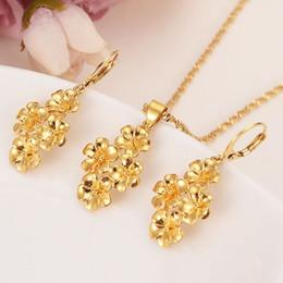 e48148e543e7 4 flores doradas ensambladas hermosa real 24k oro amarillo fino conjunto de  pulido joyería colgante pendientes de cadena novia boda Bijoux giftd