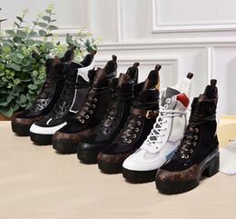 Top Botas de grife de luxo Mulheres Bota Deserto chunky calcanhar Martin sapatos de Plataforma De Couro De Impressão Desert Lace-up Bota 5 cm 13 cores com caixa venda por atacado
