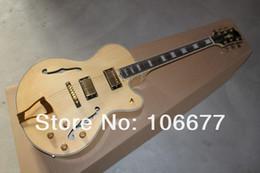 Venta al por mayor de De calidad superior nuevo 2 faced Tiger Flame arce G Custom Shop Naturaleza madera L5 F Hole Jazz guitarra eléctrica Golden Hardware envío gratis