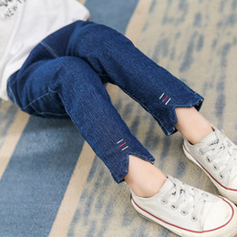 kids cat pant Canada - 2018 Children Denim Pants Girls Jeans Fashion Kids Clothes Trousers Autumn Kids Cat Print Embroidered Jeans For 2-8 Ages Blue Y18103008