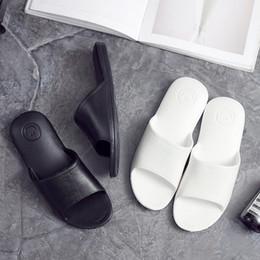 Heels For Men NZ - Fashion Men Women Summer Outdoor Indoor Slippers Beach Open Toe White Black Bathroom Slip Slides Flat Home Slippers Heels For Girls Boys