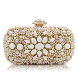 $enCountryForm.capitalKeyWord Canada - Shoulder Handbag New Luxury Handmade Pearl Flower Shape Evening Bag Women Fashion Day Clutch Wedding Party Bridal Purse