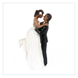Wholesale Hot Sale Beautiful decorate African American Romance Wedding Anniversary Cake Toppers Couple Happy Bride and Groom