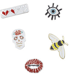 China Punk Style Evil Eye Lip Skull Bee Heart Hard Enamel Brooches Pins Small Size Cute Lapel Pins for Women Mens Clothes Backpack Hat Badge New cheap small animal skulls wholesale suppliers