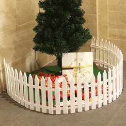 white plastic fencing UK - White Plastic Picket Fence Miniature Home Garden Christmas Xmas Tree Wedding Party Decoration (25 Pieces) D18110903