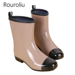 Rainboots Socks Canada - Rouroliu Mixed Colors Rain Boots Women Mid-calf Waterproof Water Shoes Woman Rainboots Slip-on Wellies Warm Socks TR150