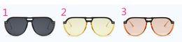 Os óculos de sol elegantes de Sunglass das mulheres da proteção de radiação dos óculos de sol capazes misturam alguma cor venda por atacado