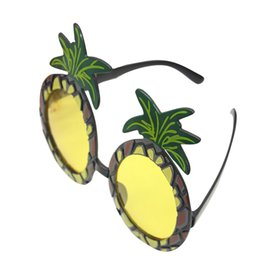 $enCountryForm.capitalKeyWord UK - 2017 Funny Pineapple Fruit Shaped Glasses Tropical Perfect Beach Fancy Dress Party Favors Gift P0.2
