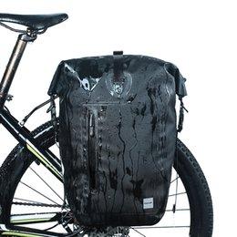 a973cb864b2 Bolsa Sillín Paquete de cola trasera 25L Bicicleta de bicicleta impermeable  Rack trasero Pannier Bag Ciclismo Asiento Hombro