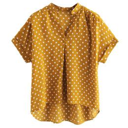 b97b3dd01d6 Женские топы и блузки лето 2018 желтый горошек V-образным вырезом с  коротким рукавом футболка женская рубашка Blusas Mujer De Moda 2018 Feminina