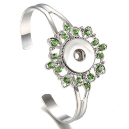 Chinese  Womens 18mm Metal Flower Rhinestone Snaps Bracelets Fit 18MM Metal Buttons Silver Plated Noosa Chunks Snap Bracelet Interchangeable Jewelry manufacturers