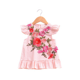 China 2018 Summer Baby Dress Cute Embroidery Flower Design Little Girls Dresses Toddler Girls Clothing Pink Kids Dress Tops Clothes for 1-4Years supplier little girls dresses designs suppliers