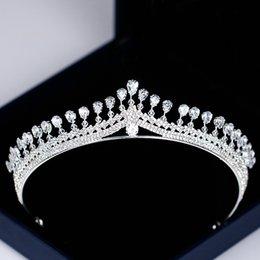 Back To Search Resultsjewelry & Accessories Jewelry Sets & More Beautiful 2019 Nuevo Lujo Princesa De Oro Joyeria De La Cabeza Y Gran Corona Diadema Boda Accesorios Para El Cabello Accesorios De La Cena