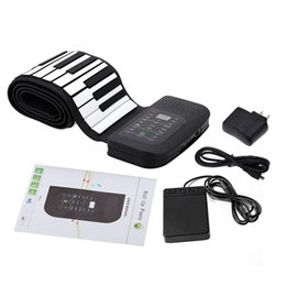 China Portable 88 Keys Keyboard Piano Silicone Flexible Roll Up Piano Foldable Keyboard Hand-rolling Piano with Battery Sustain Pedal suppliers