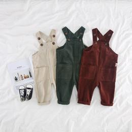 Ingrosso Pantaloni per bambini in bretelle di velluto a coste per bambini Autunno 2018 Abbigliamento per bambini Boutique coreano 1-4T Tute per bimbi ragazze tinta unita
