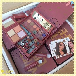 Newst Arrival Makeup KL Collection Wife Life Bundle Lipgloss Eyeshadow Palette Woods Lipstick And Pressed Powder Highlighter Palette Big Box
