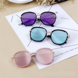 women stylish sunglasses Australia - MOSILIN new fashion sunglasses stylish UV400 rounded square rim outdoor travel gradient color sunglasses for women