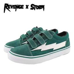 $enCountryForm.capitalKeyWord Australia - Revenge x Storm II Vol. 1 Low Hook Loop Green Blue Black Red White Mens Womens Skate Shoes Ian Connor Kendall Jenner Casual Sneaker With Box