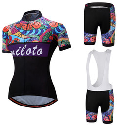 Factory Direct Sale OEM ODM 2018 NEW Cycling Jersey Set Breathable MTB Bike  Clothing Women Bicycle Clothes Ropa Ciclismo Bib Shorts factory direct sale  ... aec7e13f3