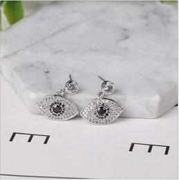 ff2b9bc29d97 ... Nuevo Anti-Alérgico Ojo de Turquía Ojo de Boda Pendiente de Plata de  Ley 925 CZ Diamantes Simulados Compromiso Cuelga Joyas de Cristal Anillos  de Orejas