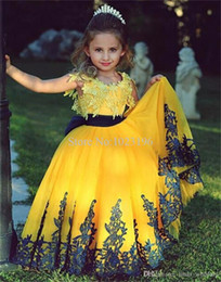 Wholesale Cute Flower Girl Dresses Yellow And Black Appliques Princess Formal Kids Wear Weddings Party Little Girls Pageant Dress Prom Gowns
