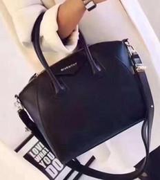Venta al por mayor de Bolso de mensajero de las mujeres Bolso de diseñador de las mujeres Bolso de hombro bolso cruzado del cuerpo Bolsas con mango de bambú 2018 NUEVO 8811