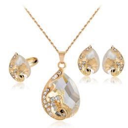02504cfad387 Collar De Lágrima De Oro Blanco Online