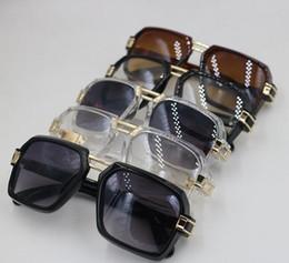 Vente en gros 2019 style lunettes de soleil femmes occasionnels lunettes contre lunettes uv shopping libre