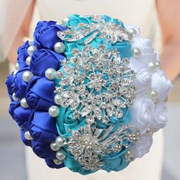 $enCountryForm.capitalKeyWord NZ - Blue White Crystal Wedding Rose Flowers Diamond Brooch Wedding Bouquets de noiva Crystal Wedding Bouquets W240