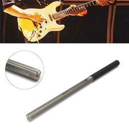 Vente en gros Fichier de dressage de fichier de couronnement de frettes de guitare avec 3 bords de taille Outils de partie d'instruments de cordage Professional Luthier Tools