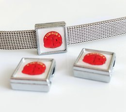 $enCountryForm.capitalKeyWord Australia - 10PCs 8mm Square Plastic Red Boxing Gloves Printed Slide Charms Beads Fit DIY 8mm Bracelets Wristbands,Collar Belt Straps