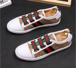 2019 Otoño e Invierno Hombres Mocasines Zapatos de Hombre Zapatos de Encaje de Moda Masculina Zapatos de Cuero Genuino Planos Zapatos de Diseño de Cuero Para Hombres en venta