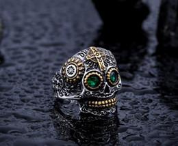 Venta al por mayor de Hip hop Europa Harley alas lanza anillo de calavera anillo de baile de calle joyería de acero inoxidable al por mayor personalidad de los hombres