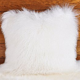 e298860ffc4 Mongolian piel de cordero funda de almohada funda de almohada para la casa  cojín cubierta de la alta calidad real de piel de cordero funda de almohada  ...