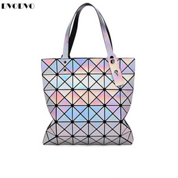 Bao Bao Moda Bolsas Geometria De Laser Forma de Diamante PVC saco holográfico Patchwork Bolsa de Ombro Bolsa das Mulheres BaoBao 6 * 7 venda por atacado