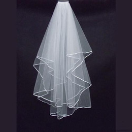 Cheap Two Layers Wedding Veils with Tomb White Ivory Satin Edge Satin Edge Two Layer Wedding Accessory Bridal Veils