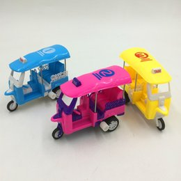 Wholesale Cross border clockwork toy car small commodity chain nostalgic motorcycle cartoon stalls mini gifts children