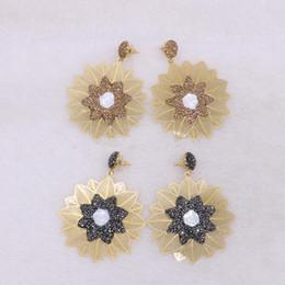 $enCountryForm.capitalKeyWord Canada - Wholesale 5 Pairs Gold Color Metal Earrings Big Flower Elegant Drop Earrings Druzy Jewelry Gems for Women