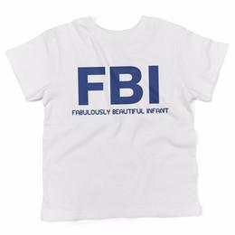 """Beautiful Infants NZ - Baby T-Shirt """"Fabulously Beautiful Infant"""" abbigliamento neonato - BIANCO"""